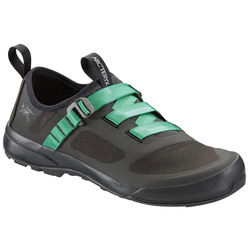 Women S Approach Shoes By Salewa Arc Teryx Usoutdoor Com