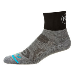 Fits Performance Trial Quarter Socks